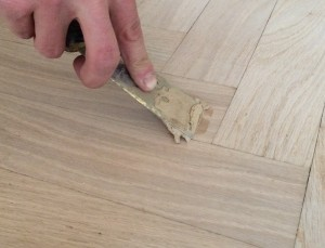 Houten vloeren reparatie - De Lier - Schildersbedrijf en onderhoudsbedrijf Henk